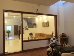 Cho thuê nhà mới,mặt tiền đẹp,tiện nghi tại đồng văn, hà nam