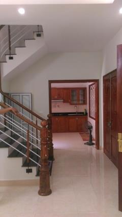 Chính chủ bán nhà hà trì ( 32m2 x 4 tầng  giá 1,7 tỷ )  gầ