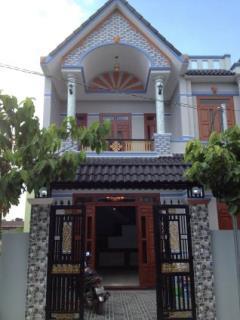 Bán nhà chính chủ gần chợ linh xuân thủ đức 1 lầu 1 trệt