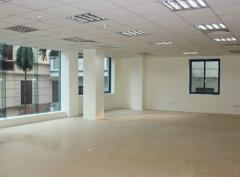 Chính chủ cho thuê 42m2 văn phòng tại thái hà.