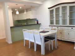 Cho thuê căn hộ tầng 8 tòa f4 yên hòa, 2n, dd.lh 0973559296