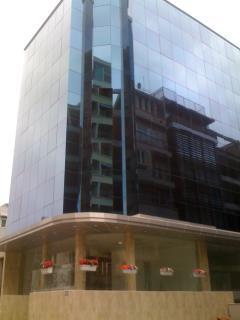 Cho thuê văn phòng tại quận cầu giấy450m2x6 tầng