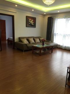 Cho thuê chung cư m3m4 nguyễn chí thanh 115m giá 13 triệu
