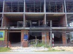 Bán nhà xây thô liên kế 1 trệt 2 lầu, đường trần thị nhượng,
