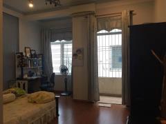 Cho thuê nhà 3 tầng đường hồ nghinh, thích hợp mở shop.