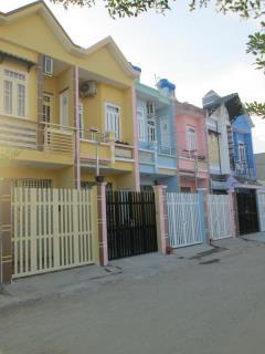 Nhà 3.2m x 9m (80m2) giá 630 triệu, tặng : tivi, máy giặt, t