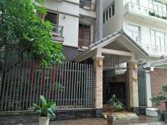 Cho thuê biệt thự phạm hùng,  diện tích 250 m2