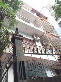Cho thuê nhà riêng cầu giấy, diện tích 50 m2 x 4,5 tầng