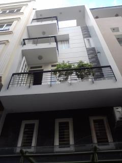 Cho thuê nhà ngõ 11 thái hà, diện tích 50 m2 x 5 tầng