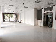 Cho thuê văn phòng chuyên nghiệp tại trần duy hưndiene180 m2