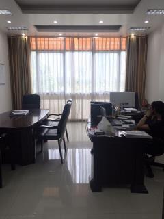 Cho thuê văn phòng khuất duy tiến, diện tích 30 m2,