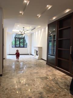 Cho thuê biệt thự trung văn, diện tích 100 m2 x 3,5 tầng