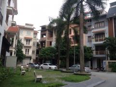 Cho thuê nhà liền kề trung yên, 75 m2 x 5 tầng giá 25 tr