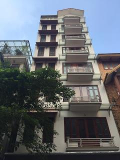 Cho thuê nhà liền kề phạm hùng, 90 m2 x 7 tầng, có thang máy