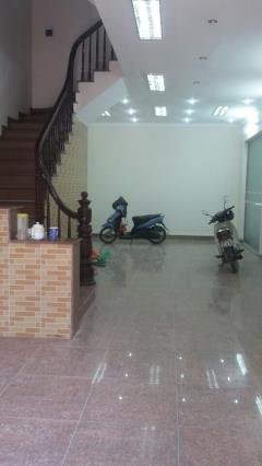 Cho thuê liền kề trung yên 9, diện tích 75 m2 x 5 tầng
