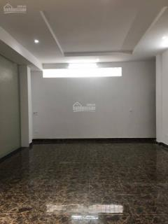 Chính chủ cho thuê tầng 1 35 m2 tiện làm vp, showroom