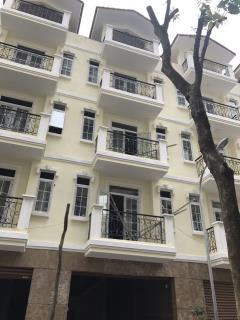 Cho thuê liền kề nguyễn huy tưởng, 50 m2 x 4,5 tầng