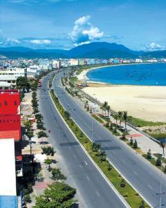 Khách sạn biển đà nẵng thích hợp kinh doanh lợi nhuận cao