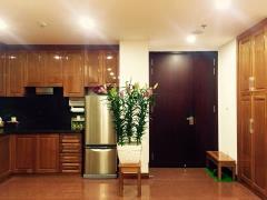 Bán nhà phân lô hoàng quốc việt: 45 m2 x 5 tầng, lô góc, 6tỷ
