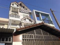 Nhà mới hẻm 8m, 1 xẹt đường tô ký, (4 x 20), đúc 3 tầng, sân