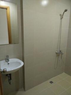 Cho thuê căn hộ chung cư golden west  82.5m 11tr 0904600122