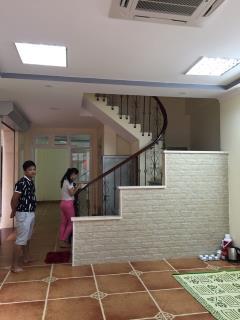 Bán nhà xây 8 tầng, thang máy, 100m2, mặt tiền 6m2