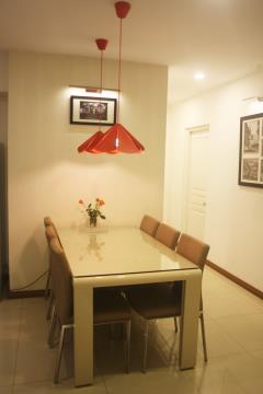 Bán chung cư trung yên plaza 82m2 ,2 pn nội thất cực đẹp