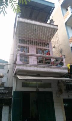 Ngôi nhà thuộc tổ 32 phường bồ xuyên thái bình