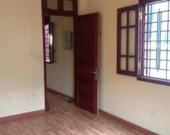 Cho thuê nhà riêng ngõ 39 linh lang, 60m2*5t, 15 tr/th