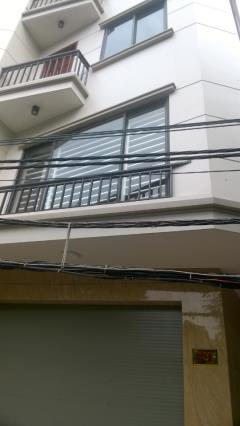 Cho thuê nhà riêng ngõ 107 nguyễn chí thanh, 90m2*5t, 30 tr