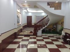 Cho thuê nhà riêng ngõ 82 chùa láng, 100m2*5t, 35 tr/th