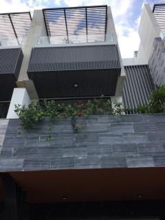 Bán nhà 3 tầng mặt tiền đường bùi quốc hưng quận sơn trà tp