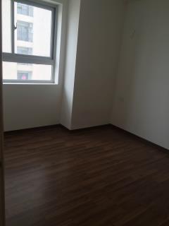 Chuyển sang căn lớn, bán căn góc 100m2 chung cư c37 giá 26.5