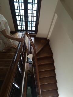Nhà 4 tầng mặt phố giảng võ, 41 m2 giá 11 tỷ, lô góc