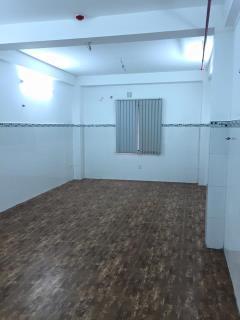 Cho thuê văn phòng quận 5. 30-40m2. mặt tiền trần phú