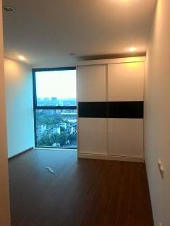 Cho thuê căn hộ chung cư golden land 3 ngủ đồ cơ bản