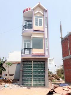 Bán nhà mới xây 2 mê, mặt tiền nguyễn hồng đạo