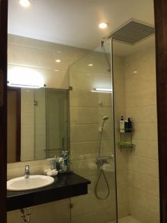 Cho thuê căn hộ 3 phòng ngủ tại td plaza, lê hồng phong, hải