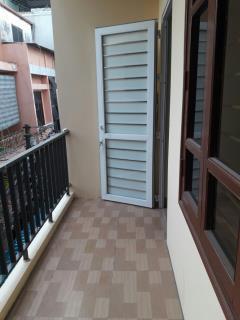 Ct phòng mặt phố hoàng cầu. nhà mới, phòng đẹp 25m2