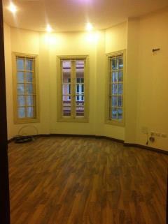 Cho thuê nhà làm văn phòng  nguyễn khánh toàn  80m2 x 5t