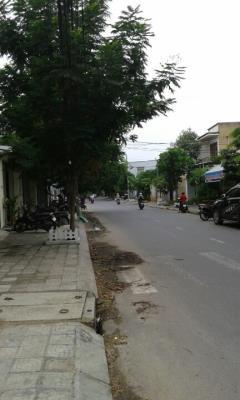 Đất và nhà mới xây khu vực trung tâm đà nẵng. giá bán bao sổ