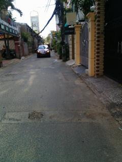 Bán nhà hxh 8m đường thành thái p.14 q.10