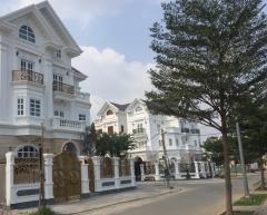 Cần tiền kinh doanh nên bán nhà mặt tiền đường ql22