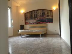 Phòng đầy đủ tiện nghi nằm trên đường chu văn an giá 3.3tr.