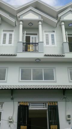 Nhà mới 3 tầng, đúc thật , 81m2, đường 12m, shr.