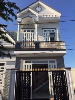Bán nhà mới 1 trệt 1 lầu kdc 3a gần chợ an bình 4,5x15m thổ
