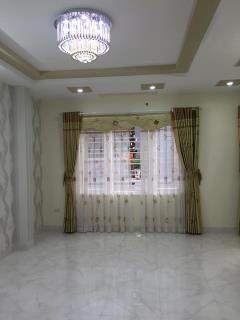 Bán căn hộ 170 đê la thành, 147,6m2, căn tầng 7, h. đb