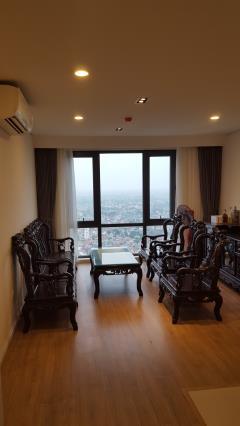 Cần bán hoặc cho thuê căn hộ 2 ngủ 85m2 tầng cao mipec lb