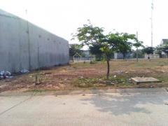 Cần tiền trả nợ bán 1200m2 đất mặt tiền ql13 giá 380tr