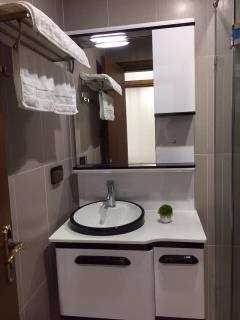 Cho thuê căn hộ goldmark city 2pn full đồ 01644132666